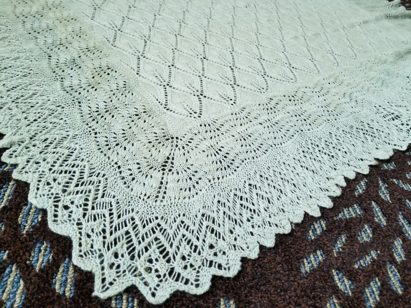 Honeydew Lace Square (3).jpg